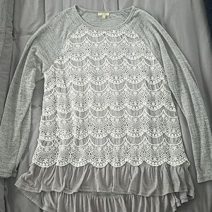 Lace long top with a longer back